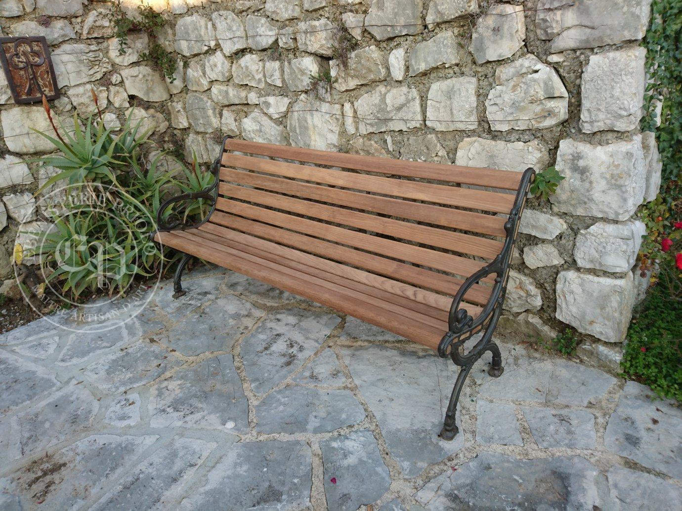 banc de jardin rénové en teck