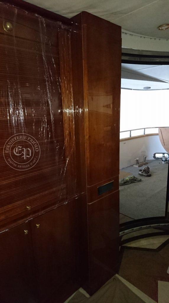 meuble de bateau en teck sur mesure