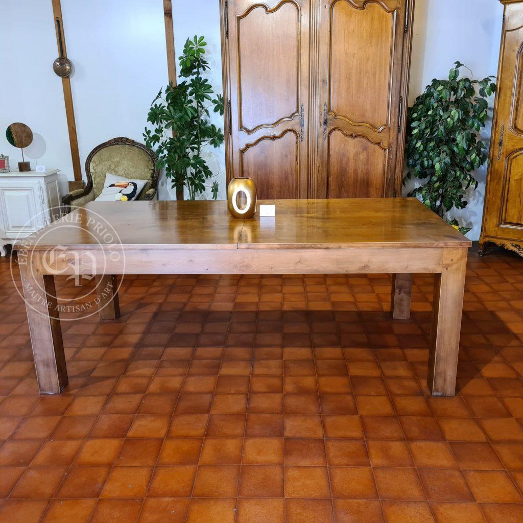 table en merisier massif rectangulaire contemporaine